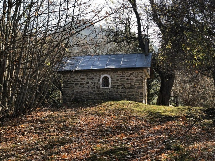 Chapel in the mountains of Bredhi i Drenoves, photo: Bredhi i Drenoves National Park